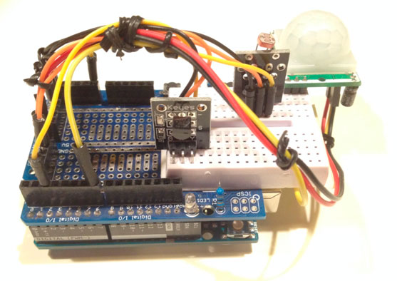 Arduino 2 controlado por Node.JS (sensor de temperatura/fotoresistencia/movimiento)